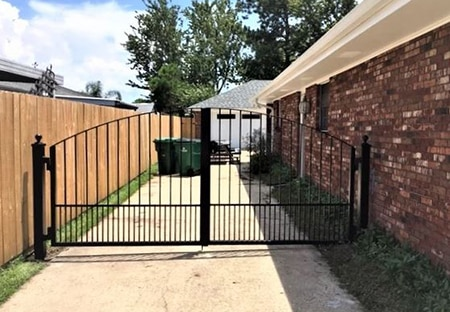 Aluminum Fence Gate Driveway in Lacombe